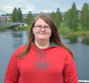 UNG OG STOLT: Anne Engen Hornmoen er født i 1995, og Arbeiderpartiets yngste kandidat ved kommunevalget i Elverum. Her skriver hun om hvor stolt hun er over å være kandidat til kommunestyret for Arbeiderpartiet om om hvilke saker hun syns er viktige i lokalpolitikken.